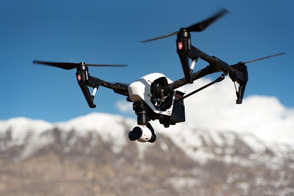 Che cosa cambierà nei cieli col regolamento europeo sui droni