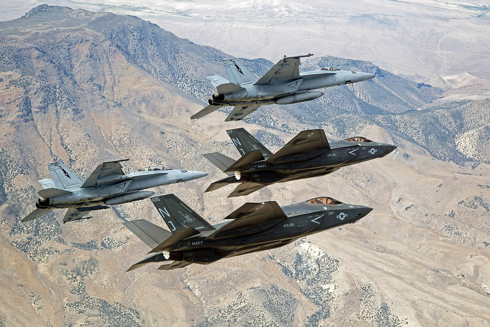 Gli Usa domineranno ancora la competizione tecnologico-militare (nonostante la Cina). Parlano Andrea e Mauro Gilli