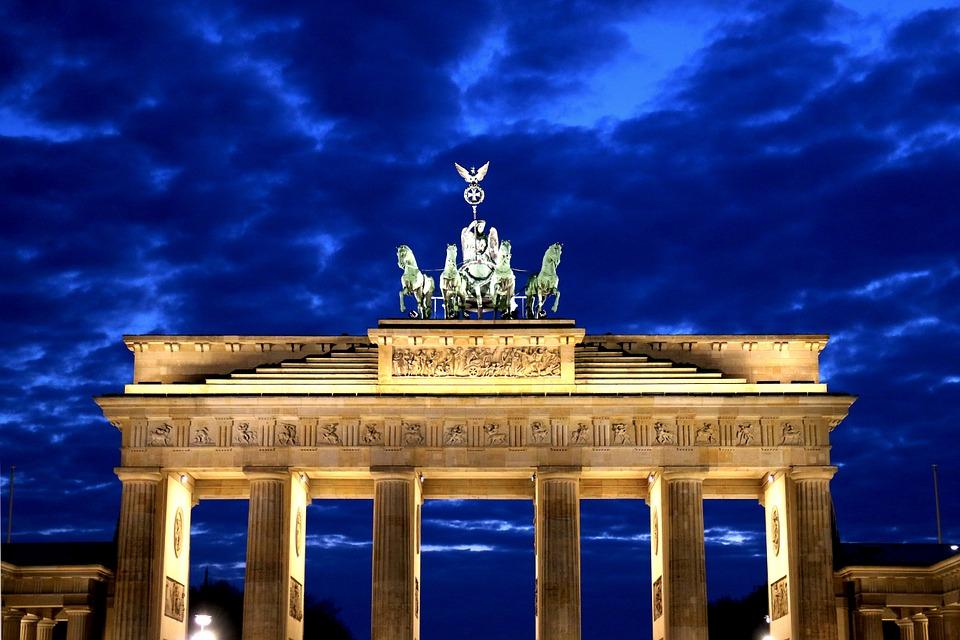Trent'anni dalla caduta del muro di Berlino. La nuova newsletter di Europa Atlantica