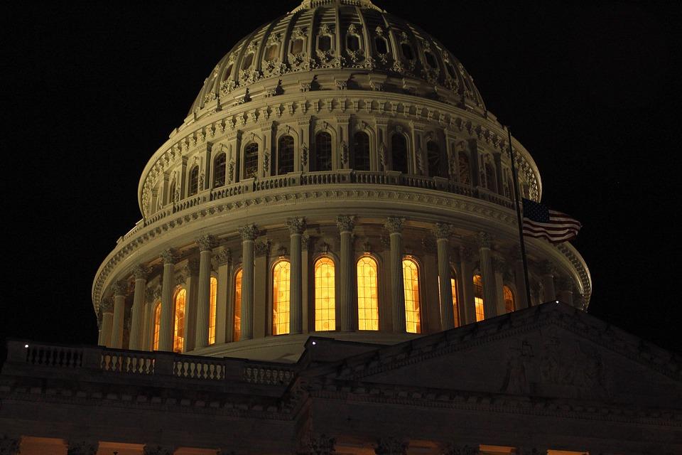 Come negli USA l'emergenza Covid-19 sta influendo sul confronto politico