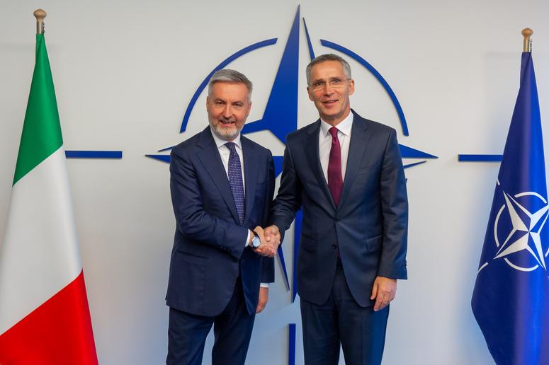 """""""Il Covid-19 non cambia la posizione euro-atlantica dell'Italia."""" L'intervista di Guerini all'Atlantic Council"""