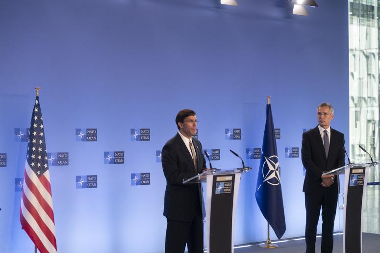 L'impegno di Stati Uniti e NATO per la sicurezza europea. L'incontro tra Esper e Stoltenberg