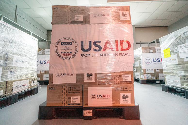 Emergenza Covid: gli Stati Uniti donano ventilatori polmonari alla Nato per la lotta al virus