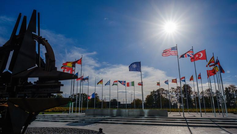 """""""Emerging & Disruptive Technologies: quale impatto per la NATO?"""" Il report di Faro Atlantico"""