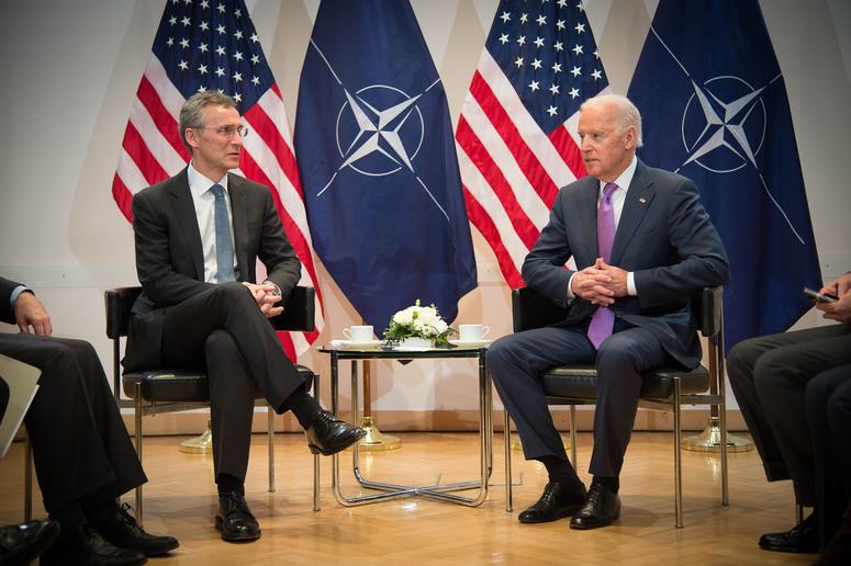 BIDEN: RILANCIO E CONTINUITÀ PER LA NATO