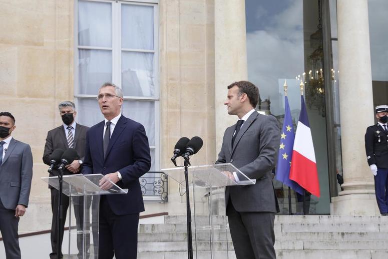 Il ruolo della Francia tra relazioni transatlantiche e prospettive europee